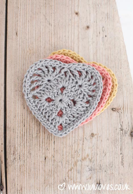 LuluLoves - Crochet Granny Heart Pattern