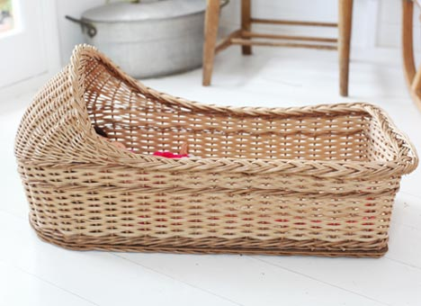 Wicker Dolls Crib