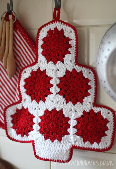 crochet-christmas-potholder