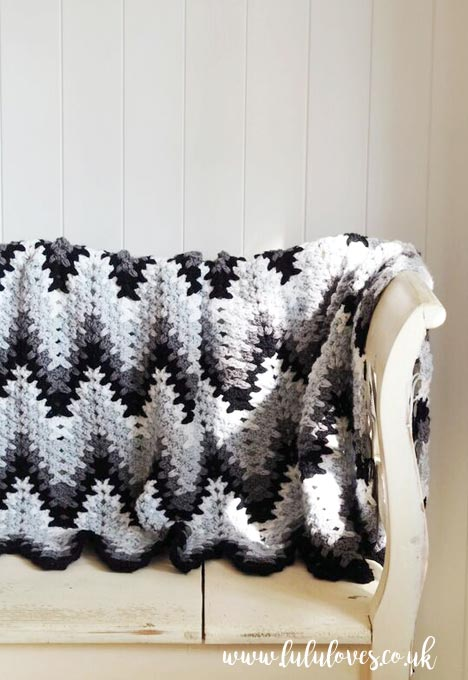Lululoves Crochet Heartbeat Ripple Blanket